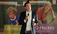 AMSTERDAM - Guido Davio tijdens het KNHB Symposium Train de Trainer, voor trainer, coach , begeleider binnen het aangepaste hockey. Dit alles in het Ronald MacDonald Centre in Amsterdam. COPYRIGHT KOEN SUYK