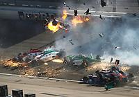 MOTORSPORT - US RACES - INDYCAR 2011 - LAS VEGAS (USA) 13 TO 16/10/12011 - PHOTO : PHILLIP ABBOTT / LAT / DPPI - <br /> CRASH ON LAP 13 - ACCIDENT