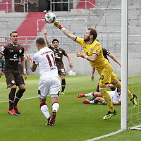 nph0001:  17.05.2020 --- Fussball --- Saison 2019 2020 --- 2. Fussball - Bundesliga --- 26. Spieltag: FC Sankt Pauli - 1. FC Nürnberg ---   DFL regulations prohibit any use of photographs as image sequences and/or quasi-video - Only for editorial use ! --- <br /> <br /> Adam Zrelak (11, 1. FC Nürnberg ) Robin Himmelmann (30, FC St. Pauli ) <br /> <br /> Foto: Daniel Marr/Zink/Pool//via Kokenge/nordphoto