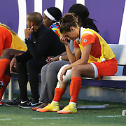 ORLANDO, FL - APRIL 23: Carli Lloyd #10 of Houston Dash sits on the bench with ice on her knee during a NWSL soccer match against the Orlando Pride at the Orlando Citrus Bowl on April 23, 2016 in Orlando, Florida. (Photo by Alex Menendez/Getty Images) *** Local Caption *** Carli Lloyd