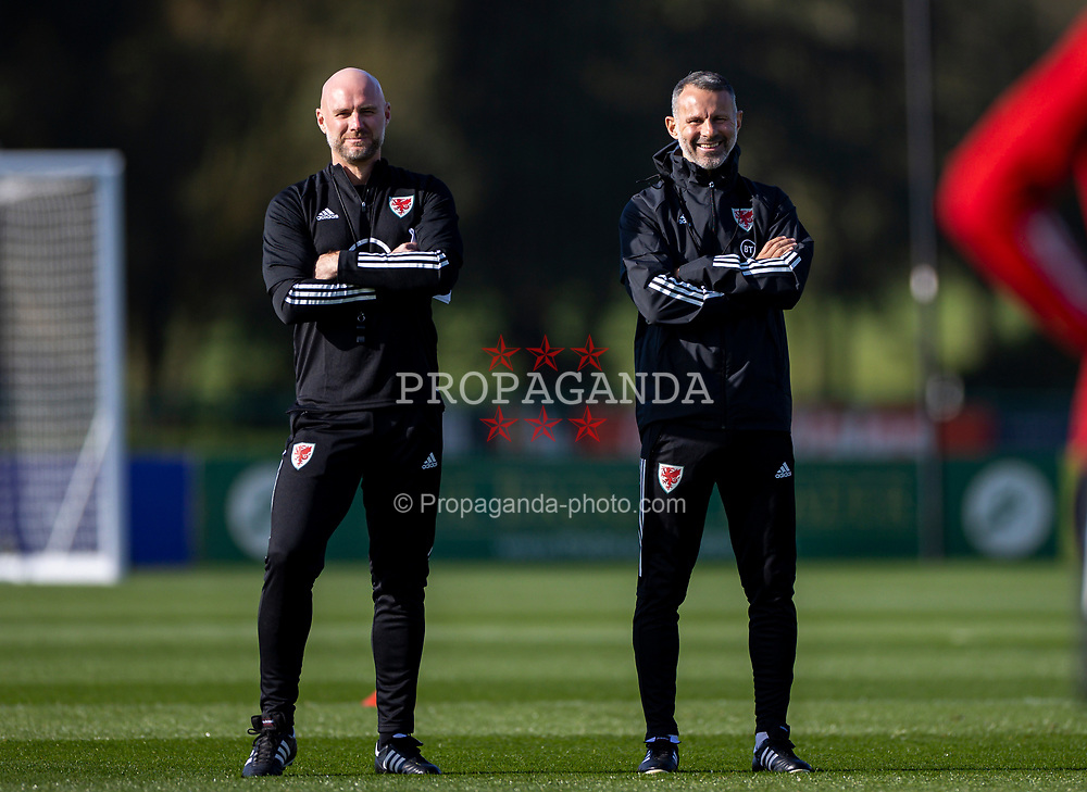 CARDIFF, WALES - Wednesday, October 7, 2020: Wales' manager Ryan Giggs (R) and assistant coach Robert Page (L) during a training session at the Vale Resort ahead of the International Friendly match against England. (Pic by David Rawcliffe/Propaganda)
