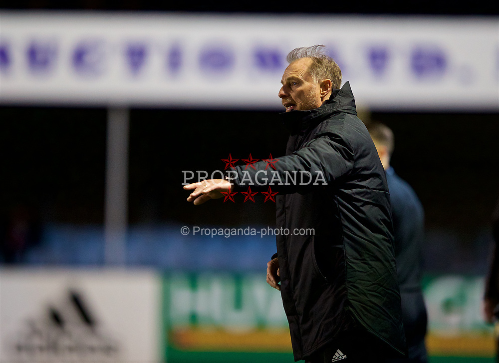 RHYL, WALES - Wednesday, November 14, 2018: Wales Under 19 manager Paul Bodin during the UEFA Under-19 Championship 2019 Qualifying Group 4 match between Wales and Scotland at Belle Vue. (Pic by Paul Greenwood/Propaganda)