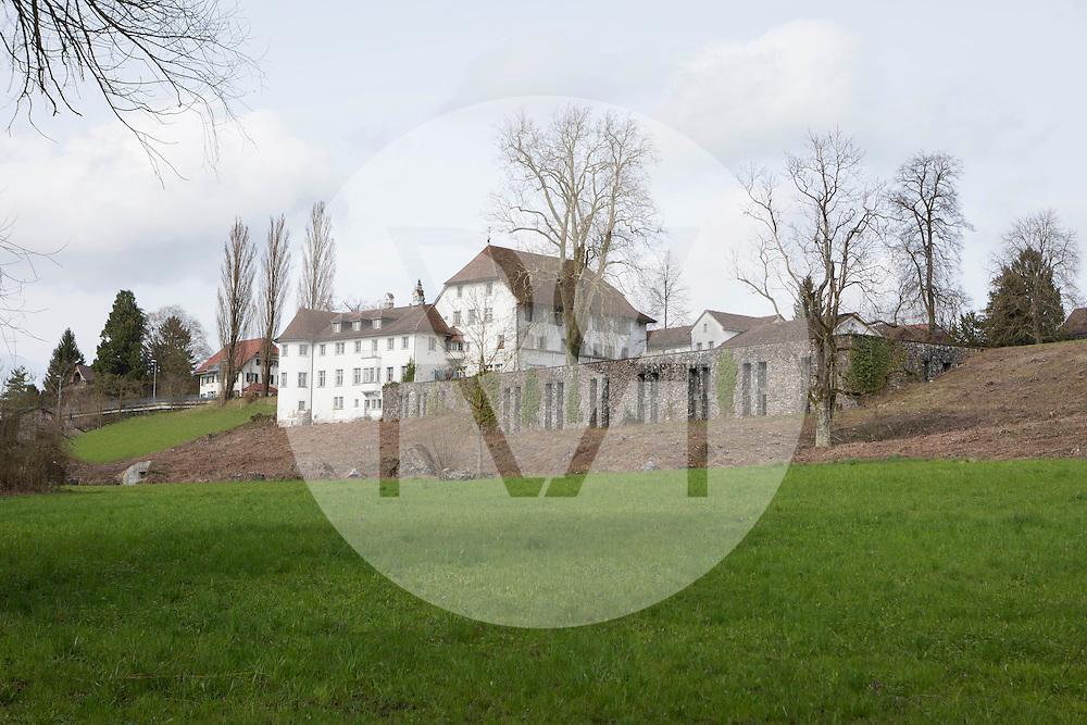 SCHWEIZ - SEENGEN - Aussenansicht vom Schloss Brestenberg - 03. April 2015 © Raphael Hünerfauth - http://huenerfauth.ch