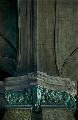 South America, Uruguay, Canelones, Montevideo, downtown, intricate metalwork of fresh water animals, Palacio Salvo, Avenida 18 de Julio, Plaza de la Independencia, Independence.
