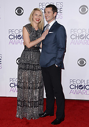 Claire Danes and Hugh Dancy attending the People's Choice Awards 2016 Arrivals at Microsoft Theatre L.A. Live in Los Angeles, CA, USA on January 6, 2016. Photo by Lionel Hahn/ABACAPRESS.COM  | 529373_077 Los Angeles Etats-Unis United States