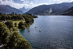 THEMENBILD - Boote ankern am Zeller See, aufgenommen am 24. Juli 2019 in Zell am See, Österreich // Anchoring boats at the Zeller Lake, Zell am See, Austria on 2019/07/24. EXPA Pictures © 2019, PhotoCredit: EXPA/ JFK