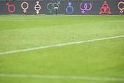 Fussball: 2. Bundesliga, FC St. Pauli - 1. FC Heidenheim, Hamburg, 27.09.2020<br /> LGBT, Unisex, Feature, Homophobie, Bandenwerbung<br /> © Torsten Helmke
