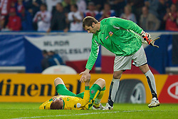 TEPLICE, CZECH REPUBLIC - SATURDAY, SEPTEMBER 2nd , 2006: Wales' dejected James Collins is consoled by Czech Republic's goalkeeper Petr Cech after losing 2-1 during the opening UEFA Euro 2008 Group D qualifying match at the Na Stinadlech Stadium. (Pic by David Rawcliffe/Propaganda)