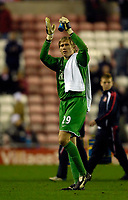 Photo: Jed Wee/Sportsbeat Images.<br /> Sunderland v Manchester United. The FA Barclays Premiership. 26/12/2007.<br /> <br /> Manchester United's Tomasz Kuszczak applauds the fans at the end of the match.