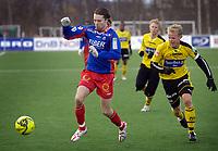 Fotball, Adecco-ligaen, 23.04.06, Tromsdalen - Moss<br /> Bjørn Strøm (Tromsdalen) og Christian Michelsen (Moss)<br /> Foto: Tom Benjaminsen, Digitalsport