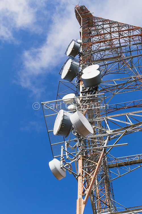 microwave antennas on television broadcast transmission tower on Mount Canobolas, Orange, New South Wales, Australia <br /> <br /> Editions:- Open Edition Print / Stock Image