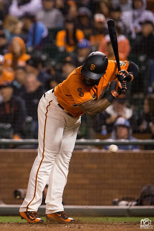 San Francisco Giants center fielder Denard Span (2) reacts to a close pitch by Baltimore Orioles relief pitcher Donnie Hart (58) in the eighth inning at AT&T Park in San Francisco, Calif., on August 12, 2016. (Stan Olszewski/Special to S.F. Examiner)
