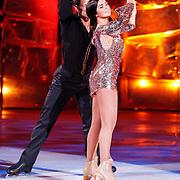 NLD/Hilversum/20130105 - 2de Liveshow Sterren Dansen op het IJs 2013, Laura Ponticorvo en danspartner Joel Geleynse
