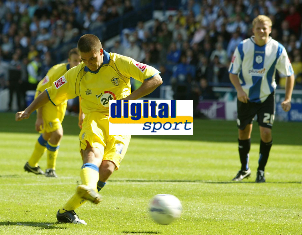 Photo: Aidan Ellis.<br /> Sheffield Wednesday v Leeds United. Coca Cola Championship. 27/08/2006.<br /> Leeds David Healy scores from the spot