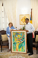 Dr. Sylvia Earle and President Danny Faure with Art