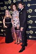 Uitreiking Gouden Televizier-Ring Gala 2018.<br /> <br /> OP de foto:  Meteoroloog Nicolien Kroon , Amara Onwuka en Dennis Wilt