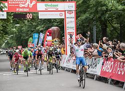 03.07.2017, Wien, AUT, Ö-Tour, Österreich Radrundfahrt 2017, 1. Etappe von Graz nach Wien (193,9 km), im Bild Ella Viviani (ITA, Nationale Italiana) Etappensieger // Ella Viviani (ITA Nationale Italiana) of Italy stage winner during the 1st stage from Graz to Vienna (193,9 km) of 2017 Tour of Austria. Wien, Austria on 2017/07/03. EXPA Pictures © 2017, PhotoCredit: EXPA/ Reinhard Eisenbauer