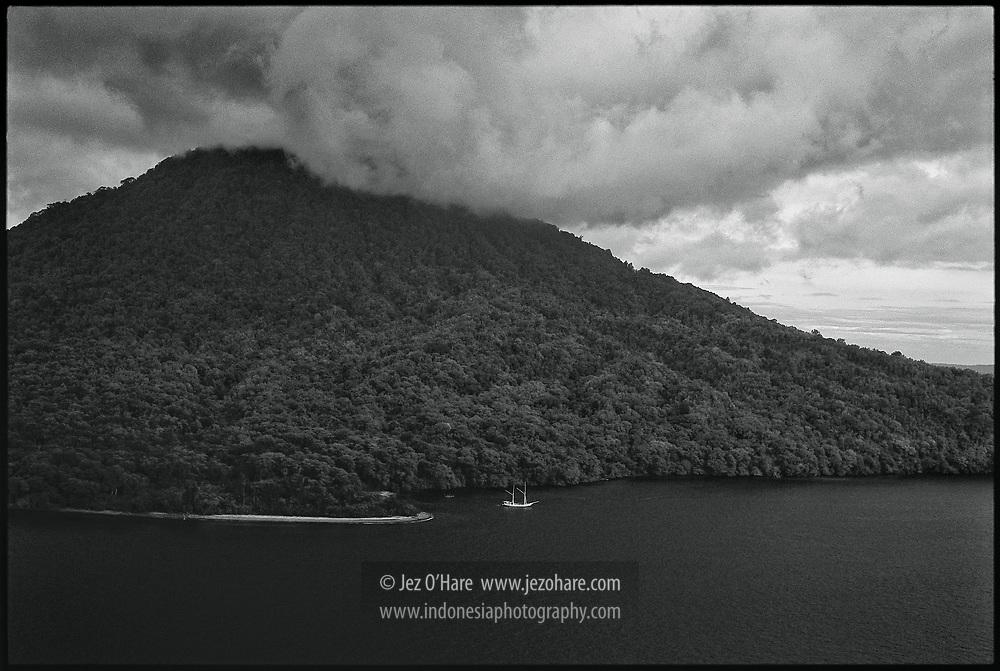 Krakatau, Sunda Straits, Lampung, Sumatra, Banten, Java, Indonesia.