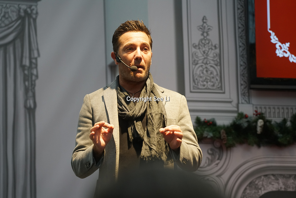 Olympia, London, UK. 22rd November, 2017. Speaker Gino D'Acampo at Ideal Home Show at Christmas on 23rd November 2016 running from 23rd-27th November at Olympia, London, UK.
