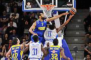 DESCRIZIONE : Eurolega Euroleague 2015/16 Group D Dinamo Banco di Sardegna Sassari - Maccabi Fox Tel Aviv<br /> GIOCATORE : MarQuez Haynes<br /> CATEGORIA : Tiro Penetrazione Sottomano Controcampo<br /> SQUADRA : Dinamo Banco di Sardegna Sassari<br /> EVENTO : Eurolega Euroleague 2015/2016<br /> GARA : Dinamo Banco di Sardegna Sassari - Maccabi Fox Tel Aviv<br /> DATA : 03/12/2015<br /> SPORT : Pallacanestro <br /> AUTORE : Agenzia Ciamillo-Castoria/C.Atzori
