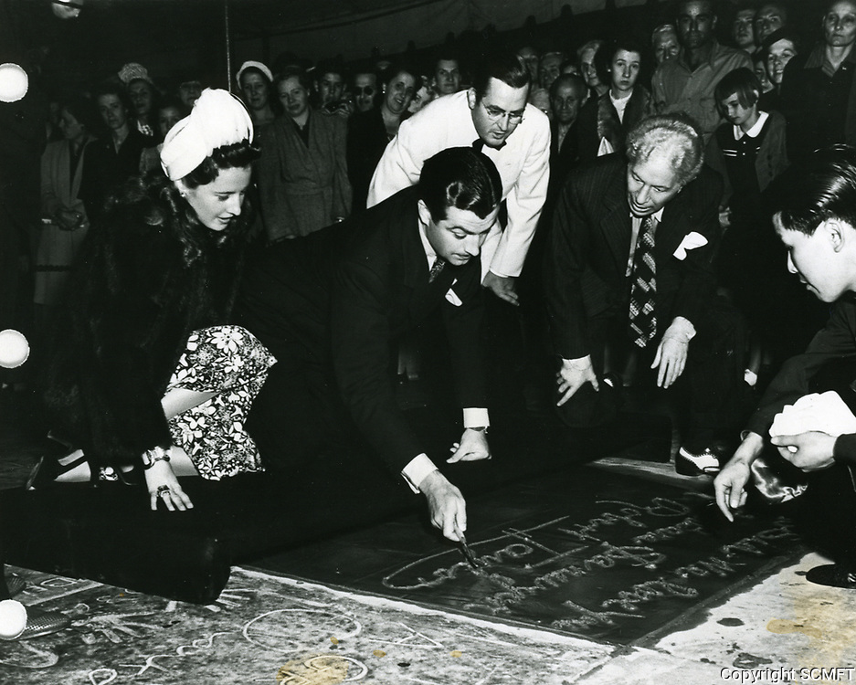 1941 Robert Taylor's hand and footprint ceremony at the Chinese Theater