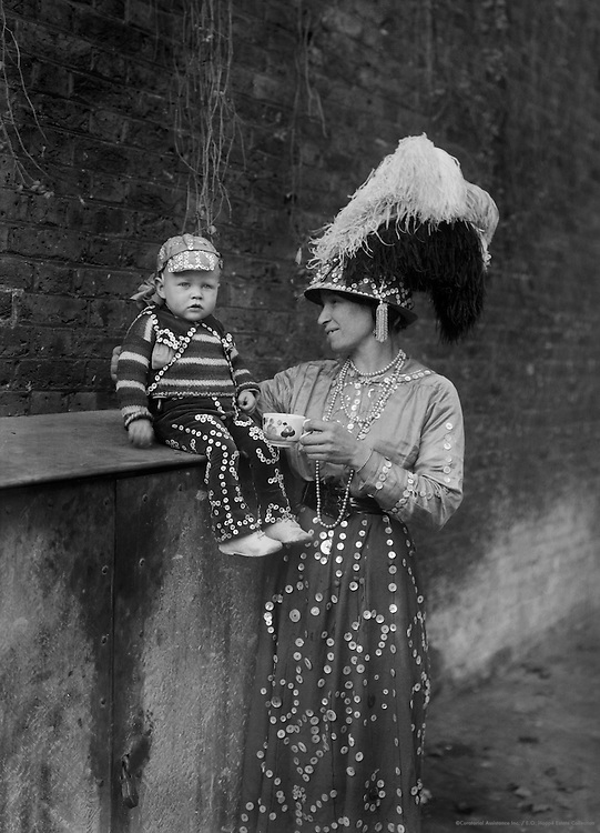 """""""Pearlies,"""" Master and Miss Simmons, England, 1922"""