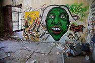 Lecco, Comune di Olginate: I murales di Consonno da borgo a città dei balocchi in abbandono.Lecco, City of Olginate: The murals of Consonno from village to city of abandoned toys.