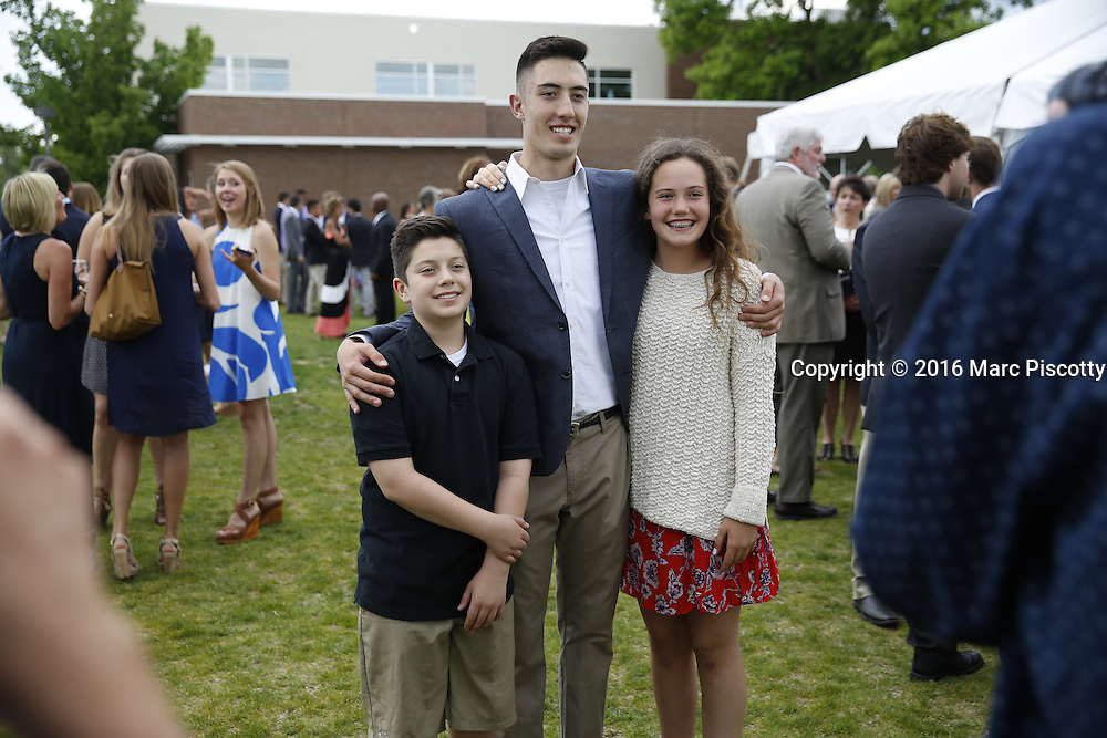 SHOT 6/1/16 6:15:07 PM - Colorado Academy Senior Class portrait in front of the Wellborn House and Class of 2016 Commencement Dinner at the Denver, Co. private school. (Photo by Marc Piscotty / © 2016)