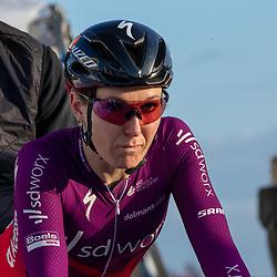 11-03-2021: Wielrennen: Healthy Ageing Tour: Lauwersoog <br />Amy Pieters