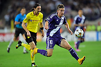 Fotball<br /> 01.10.2014<br /> Foto: PhotoNews/Digitalsport<br /> NORWAY ONLY<br /> <br /> Dennis Praet of RSC Anderlecht missing an opportunity in front of Neven Subotic of Borussia Dortmund during the UEFA Champions League Group D match between RSC Anderlecht and Borussia Dortmund at the Constant Vanden Stock Stadium in Brussels, Belgium.