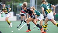 AMSTELVEEN - Maria Verschoor (Amsterdam) tijdens de competitie hoofdklasse hockeywedstrijd dames, Amsterdam-HDM (1-1).  COPYRIGHT KOEN SUYK