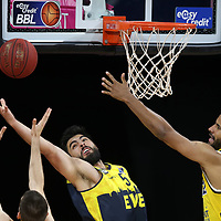 #3 Braydon Hobbs von Baskets Oldenburg , #15 Marcel Kessen von Baskets Oldenburg , #32 Johannes Thiemann von Alba Berlin   <br /> Basketball, nph0001 1.Bundesliga BBL-Finalturnier 2020.<br /> Halbfinale Spiel 2 am 24.06.2020.<br /> <br /> Alba Berlin vs EWE Baskets Oldenburg <br /> Audi Dome<br /> <br /> Foto: Christina Pahnke / sampics  / POOL / nordphoto<br /> <br /> National and international News-Agencies OUT - Editorial Use ONLY