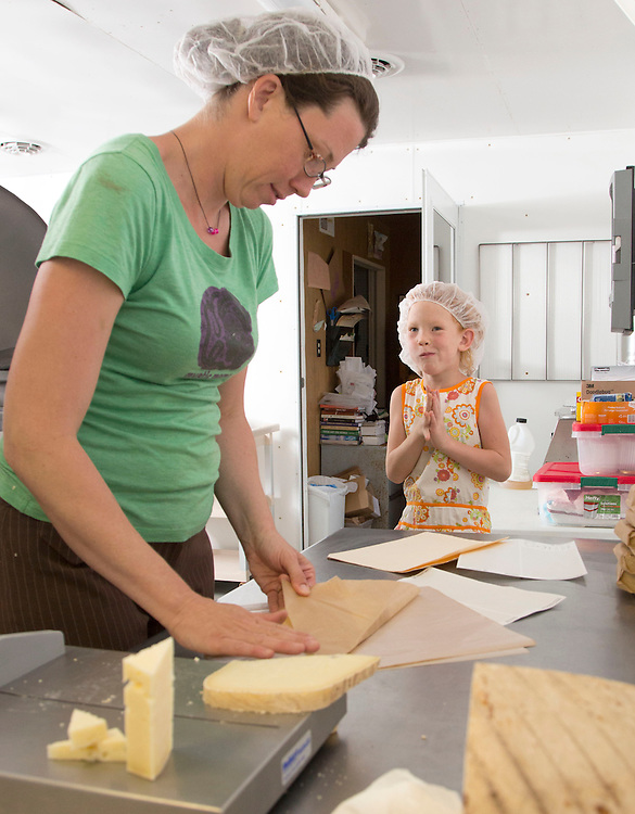 Celeste and Lilah wrap up some gruyere at Laurel Valley Creamery near Galipolis. (Will Shilling/CRAVE)