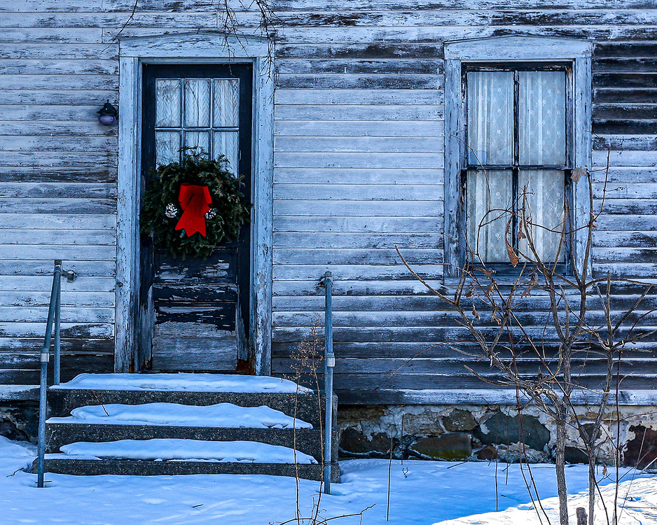 Old Homestead on South Pleasant View Road still vibrant with holiday cheer late in the season. Photo taken well after the holidays February 27, 2015. No longer standing.