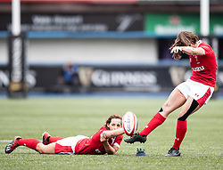 Robyn Wilkins of Wales kicks a penalty <br /> <br /> Photographer Simon King/Replay Images<br /> <br /> Six Nations Round 1 - Wales Women v Italy Women - Saturday 2nd February 2020 - Cardiff Arms Park - Cardiff<br /> <br /> World Copyright © Replay Images . All rights reserved. info@replayimages.co.uk - http://replayimages.co.uk