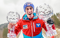 26.03.2017, Planica, Ratece, SLO, FIS Weltcup Ski Sprung, Planica, Skiflug, Heeren, Einzelbewerb, im Bild Gesamtweltcup Sieger Stefan Kraft (AUT) mit den beiden Kristallkugeln für den Skiflug- und den Gesamtweltcupsieg // Overall World Cup winner Stefan Kraft of Austria with the two crystal globes for the Ski Flying World Cup victory and the skijumping during the Ski Flying Hill Individual competition of the FIS Ski Jumping World Cup Final 2017 at Planica in Ratece, Slovenia on 2017/03/26. EXPA Pictures © 2017, PhotoCredit: EXPA/ JFK