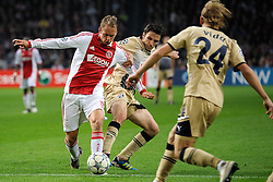 02.11.2011, Amsterdam ArenA, Amsterdam, NED, UEFA CL, Ajax vs Dinamo Zagreb, im Bild (L-R) Siem de Jong, Milan Badelj during UEFA Champions League match between AFC Ajax and Dinamo Zagreb at  statium Amsterdam ArenA in Amsterdam Netherlands on 02/11/2011..EXPA Pictures © 2011, PhotoCredit: EXPA/ nph/   Ronald Hoogendoorn .+++++ ATTENTION - OUT OF NETHERLANDS +++++       ****** out of GER / CRO  / BEL ******