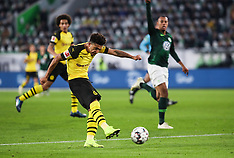 Wolfsburg and Borussia Dortmund - 03 Nov 2018