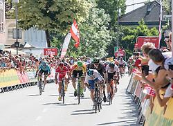 05.07.2017, Altheim, AUT, Ö-Tour, Österreich Radrundfahrt 2017, 3. Etappe von Wieselburg nach Altheim (226,2km), im Bild Ella Viviani (ITA, Nationale Italiana), Etappensieger // Elia Viviani of Italy (Nationale Italiana) stage winner during the 3rd stage from Wieselburg to Altheim (199,6km) of 2017 Tour of Austria. Altheim, Austria on 2017/07/05. EXPA Pictures © 2017, PhotoCredit: EXPA/ Reinhard Eisenbauer