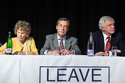 "© Licensed to London News Pictures . 22/09/2018. Bolton, UK. KATE HOEY , NIGEL FARAGE and DAVID DAVIS . Pro Brexit campaign group Leave Means Leave host a "" Save Brexit "" and "" Chuck Chequers "" rally at the University of Bolton Stadium , attended by leave-supporting politicians from a cross section of parties , including Conservative David Davis , former UKIP leader Nigel Farage and Labour's Kate Hoey . Photo credit: Joel Goodman/LNP"