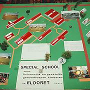 Maquette van Eldoret in hetgemeentehuis Huizen