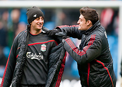21.02.2010, City of Manchester Stadium, Manchester, ENG, PL, Manchester City vs Liverpool FC, im Bild Liverpool's Albert Riera und Alberto Aquilani spassen ein wenig herum, EXPA Pictures © 2010 for Austria, Croatia and Germany only, Photographer EXPA / Propaganda / David Rawcliffe / for Slovenia SPORTIDA PHOTO AGENCY.