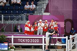 Kiss & Cry Team Austria<br /> Olympic Games Tokyo 2021<br /> © Hippo Foto - Stefan Lafrentz<br /> 25/07/2021
