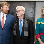 NLD/Amsterdam/20191128 - Koning Willem-Alexander reikt Erasmusprijs 2019 uit, Koning Willem Alexander met Koningin Maxima en Amerikaanse componist en dirigent John Adams