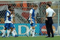 25-06-2006 VOETBAL: FIFA WORLD CUP: NEDERLAND - PORTUGAL: NURNBERG<br /> Oranje verliest in een beladen duel met 1-0 van Portugal en is uitgeschakeld / Marco van Basten, Ryan Babel en Jan Kromkamp<br /> ©2006-WWW.FOTOHOOGENDOORN.NL