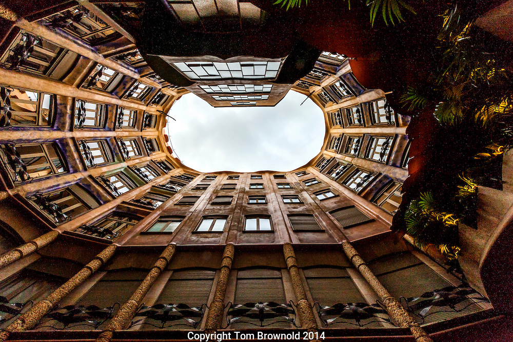 Gaude architecture as apartment building, La Pedrera