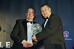 CARDIFF, WALES - Tuesday, November 8, 2016: Chas Rowlands, Chairman of the FAW Disciplinary Panel presents the FAW Fair Play Award to Llanfair United (Huws Gray Alliance League) during the FAW Awards Dinner at the Vale Resort. (Pic by David Rawcliffe/Propaganda)