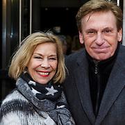 NLD/Amsterdam/20150208 - Herpremiere Sonneveld, Henny Huisman en partner Lia van Guijk