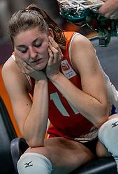 18-08-2016 BRA: Olympic Games day 13, Rio de Janeiro<br /> De Nederlandse volleybalsters hebben niet kunnen stunten met een plaats in de finale van het olympisch toernooi. China, dat in de groepsfase nog met 3-2 geklopt werd, won na een thriller van ruim twee uur: 3-1 (27-25, 23-25, 29-27, 25-23). / Anne Buijs #11