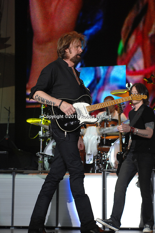 May 29, 2010 - Dallas, Texas, USA - RONNIE DUNN OF THE DUO BROOKS AND DUNN performs Saturday, May 29, 2010, night at Superpages.com Center in Dallas, Texas. This is the Brooks and Dunn duo's farewell tour and this was their final concert in Dallas. (Credit Image: © Robert W. Hart/ZUMA Press)